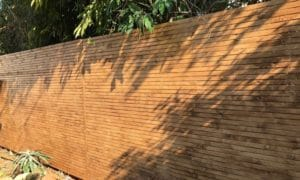 גדר עץ איפאה